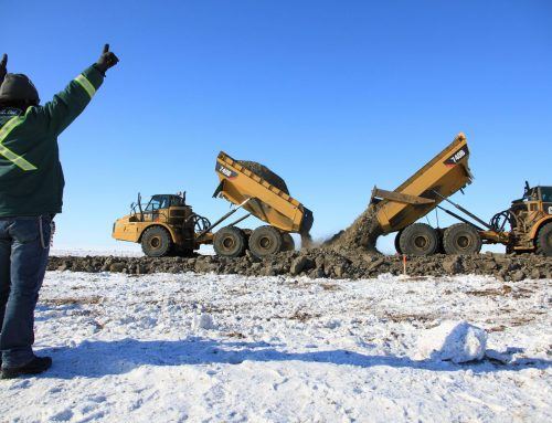 Construction Crews Connect Inuvik to Tuktoyaktuk Highway in the Middle