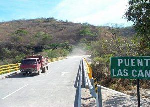 Design, fabrication & installation of structural steel bridge in El Salvador