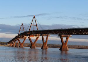 Deh Cho Bridge - project by Rapid-Span