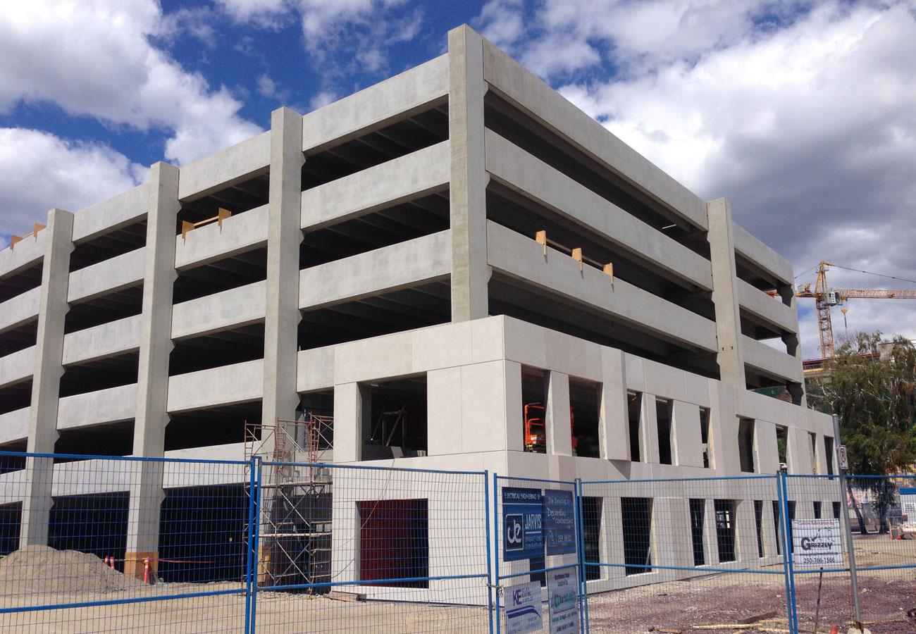 Precast concrete girders for parkade construction - Rapid-Span