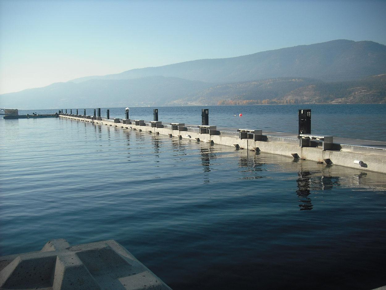 precast concrete components for boat marina